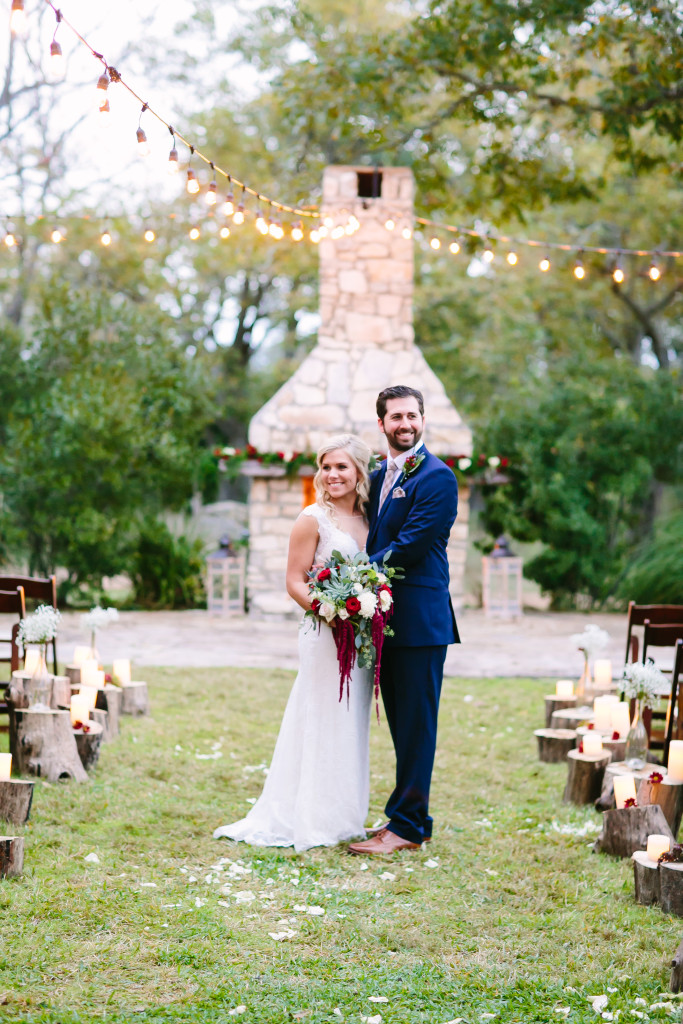 Pecan Spring Ranch Winter Wedding : Austin Wedding Photographer
